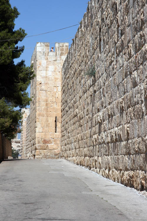 Old jerusalem wall-