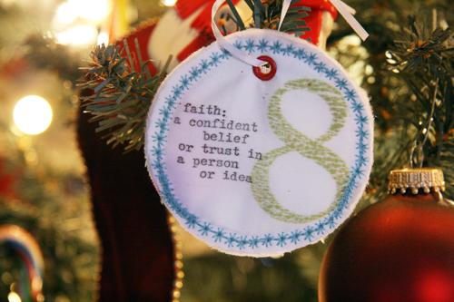 Advent 8-