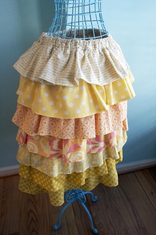 Yellow ruffle skirt-