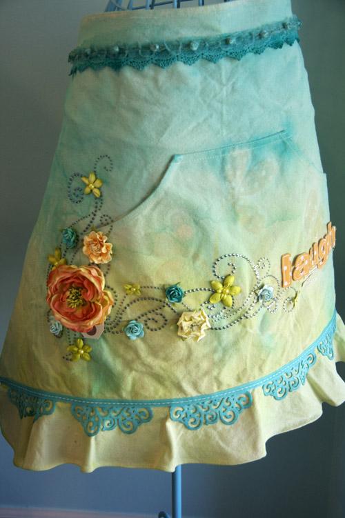 Laugh apron2-