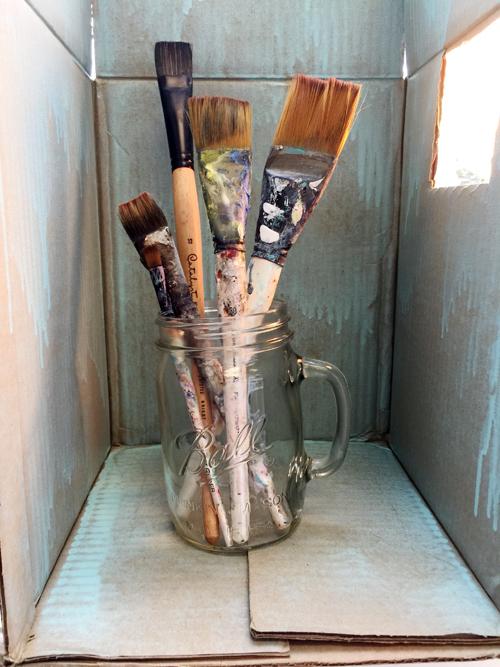 Brushes in lightbox-